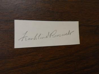 Image of Franklin Roosevelt hand signed cut signature.